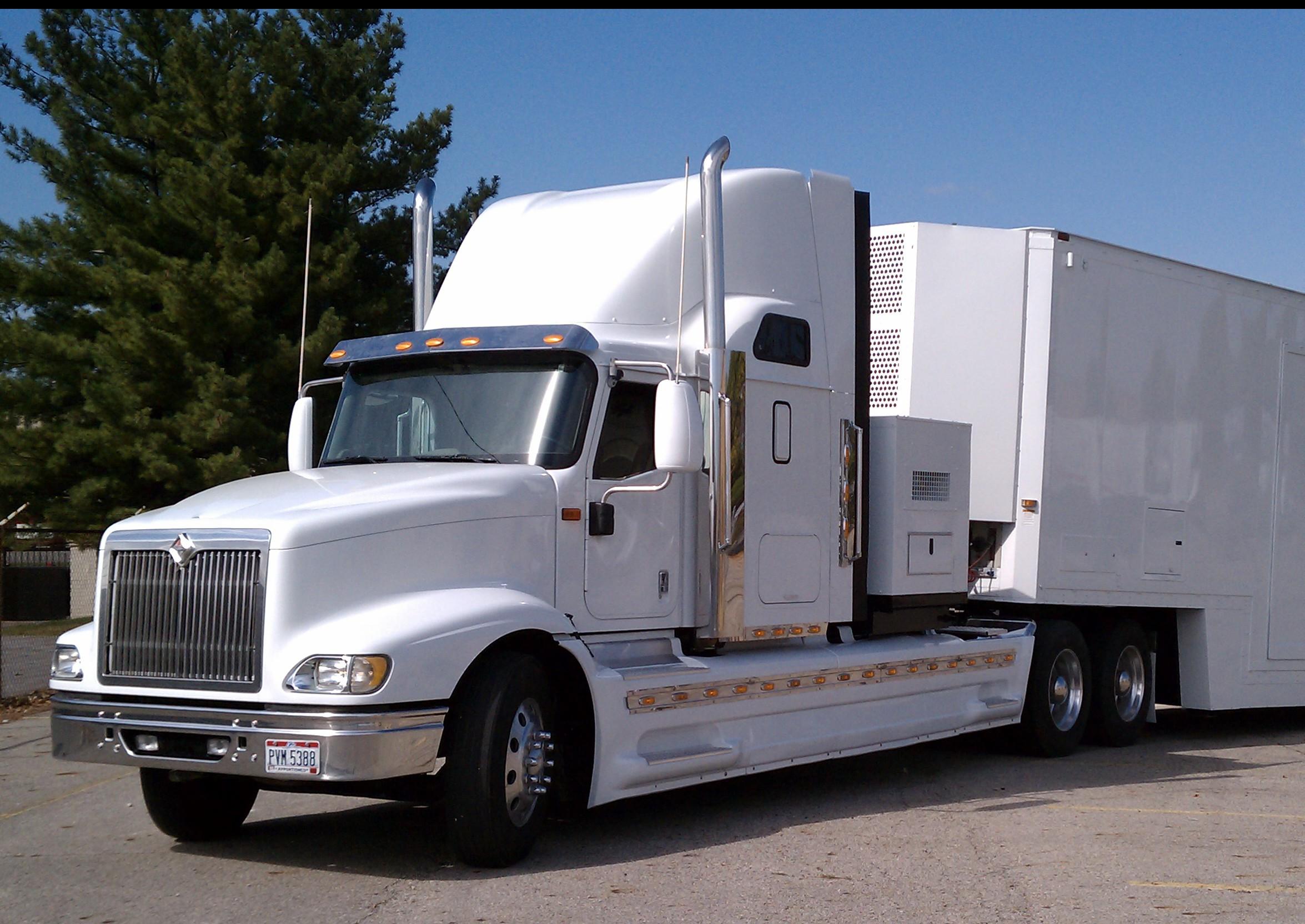 Truck-White